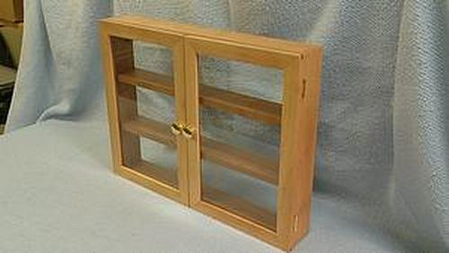 Sycamore display case made from a single board