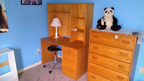 Student desk with bookshelf unit and matching chest of drawers
