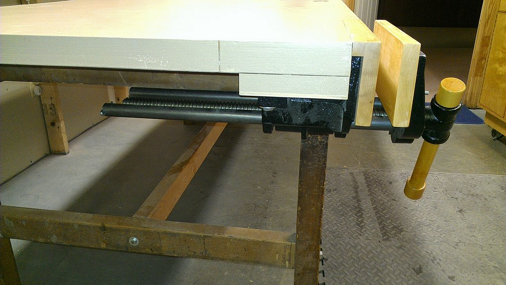 Side view of install vise